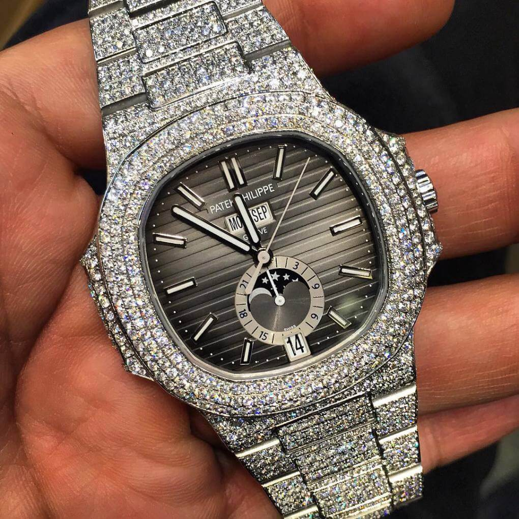 Iced Out Patek Philippe Nautilus with diamonds (Photo pristine_jewelers_ - Instagram)