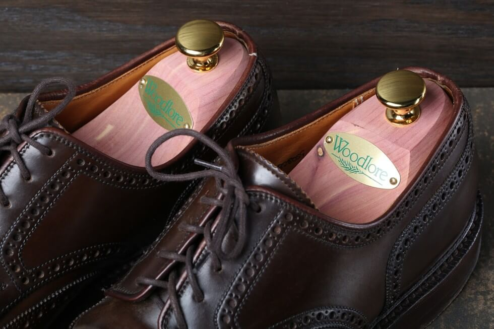 Woodlore-epic-twin-tube-shoe-trees-cedar_massdrop